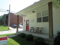 117 W Sycamore Front