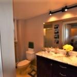115scollege-13_bathroom-1st