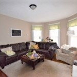 115scollege_living-room